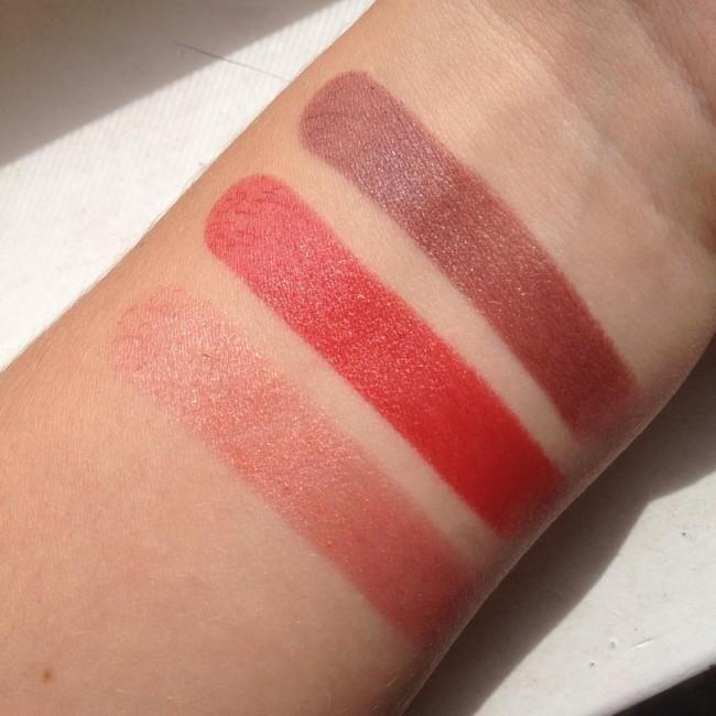 De review van deze 3 lipsticks van Catrice komt binnenkort online ^^ Nu aan het testen en de swatches komen amper van mijn arm: goed teken!