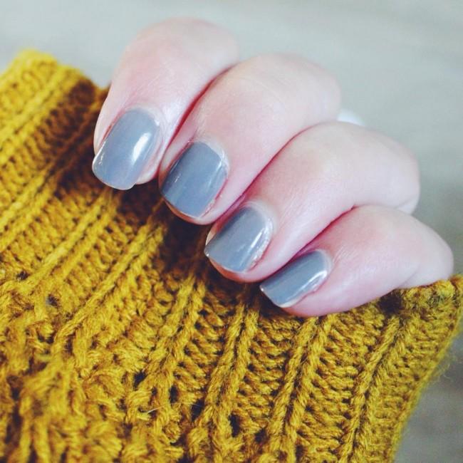 Fall colours  (review van de nagellak komt volgende week online) #nailpolish #essie #fall #sweaterweather