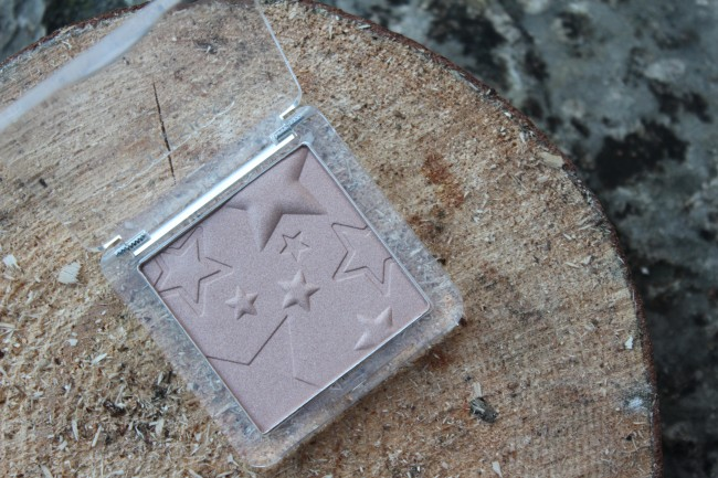 Catrice Treasure Trove highlighter