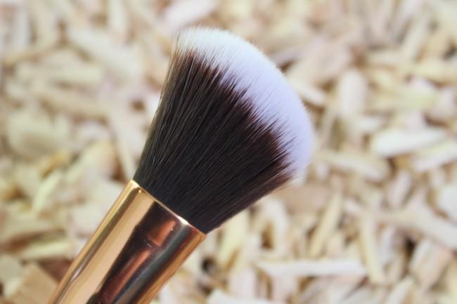 Boozy Cosmetics - Rosé Golden Jewelry Brush Set