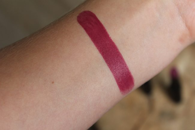 Catrice Ultimate Stay Lipstick - Plum & Base
