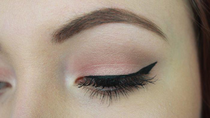 Essence Eye & Face palette - 02 Rise & Shine